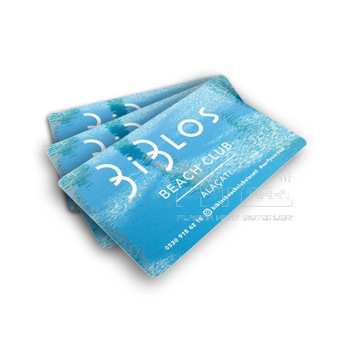 Plastik otel havlu ve kapı kartı